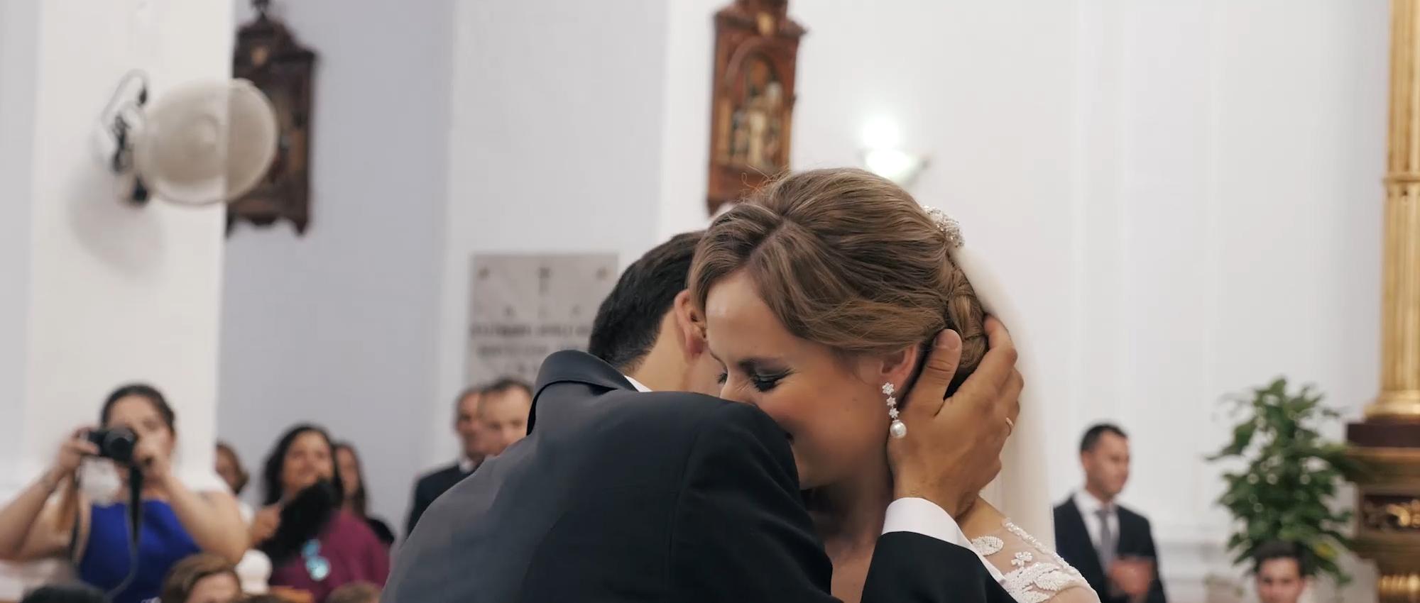 novia, qmirar, Alhaurin el Grande, video, canta, altar, boda